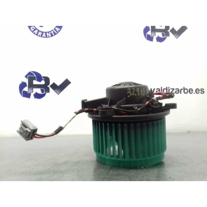 Recambio de motor calefaccion para opel insignia berlina cosmo referencia OEM IAM 52426733