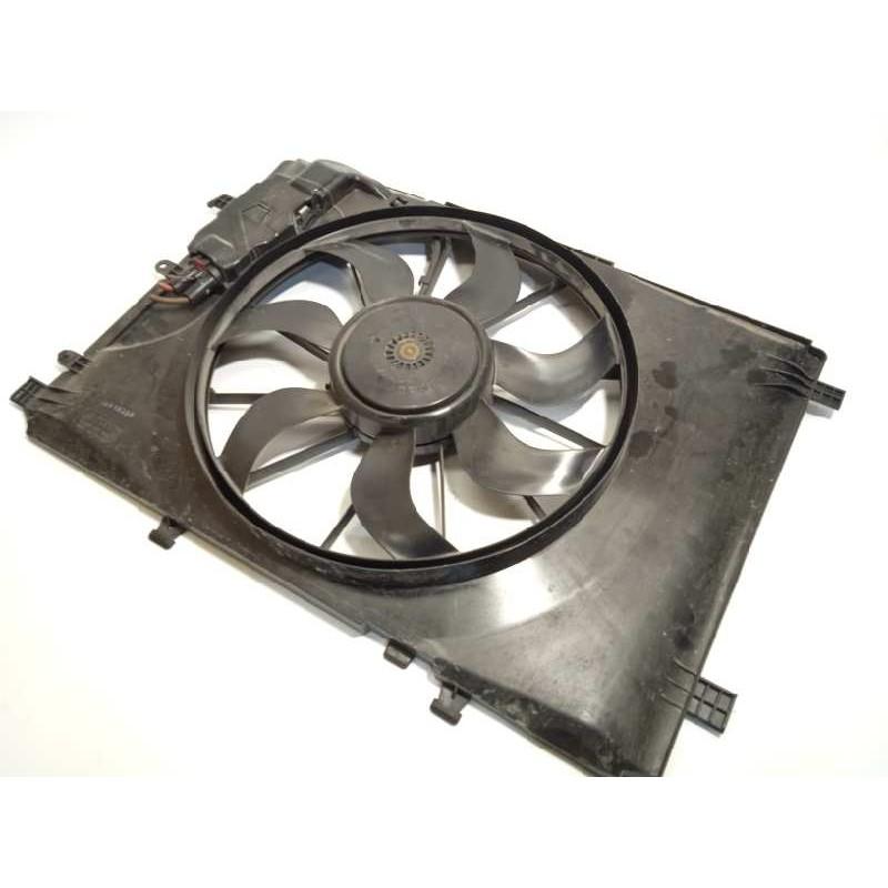 Recambio de electroventilador para mercedes clase b (w246) b 180 cdi be (246.200) referencia OEM IAM A2465000093  2465000093