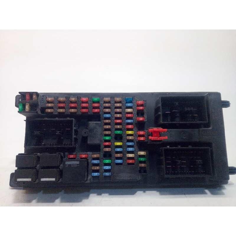 Recambio de caja reles / fusibles para land rover range rover sport 3.6 td v8 referencia OEM IAM YQE500420