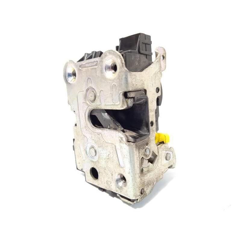 Recambio de cerradura puerta delantera derecha para iveco daily pr 2.3 diesel cat referencia OEM IAM 500314258