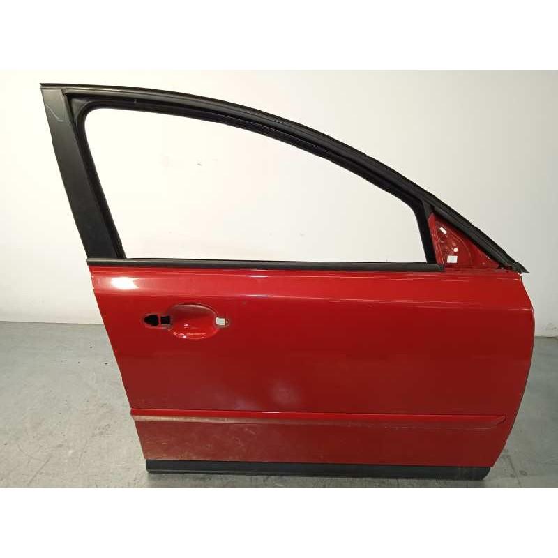 Recambio de puerta delantera derecha para volvo s40 berlina referencia OEM IAM 31335444