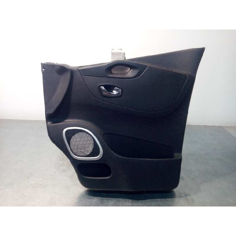 Recambio de guarnecido puerta delantera derecha para renault trafic combi 1.6 dci diesel energy referencia OEM IAM 809005451R