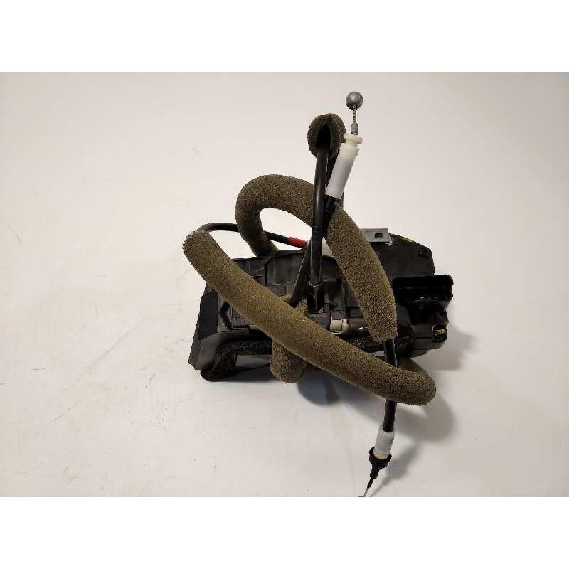 Recambio de cerradura puerta trasera izquierda para renault kadjar zen referencia OEM IAM 825014EA2A