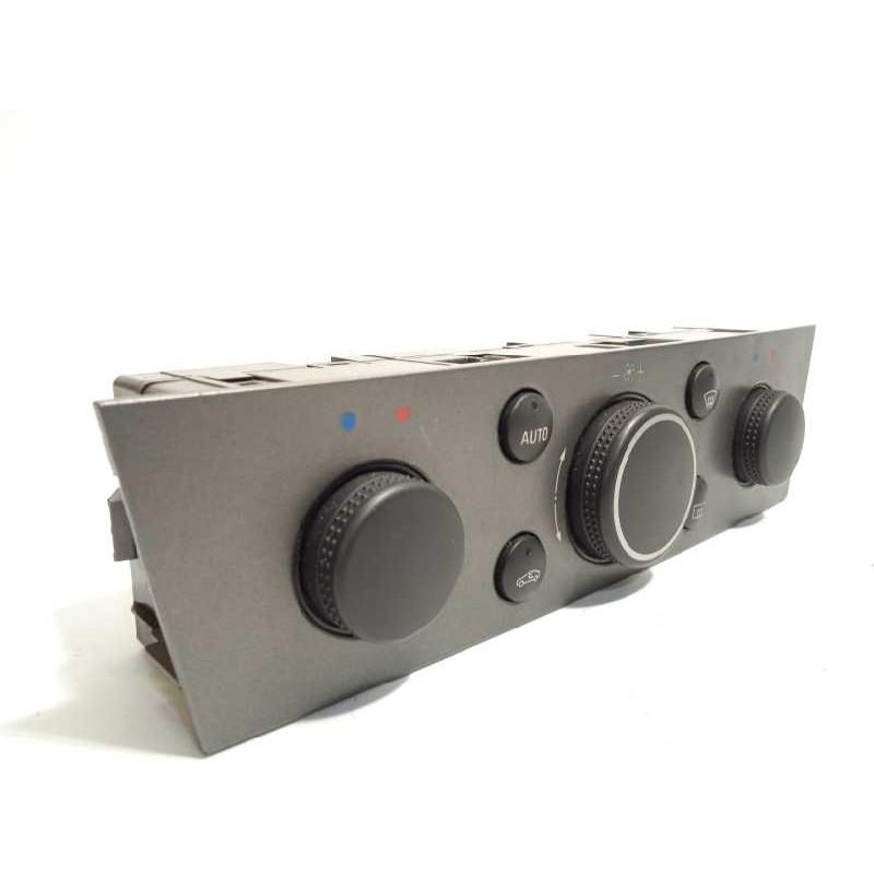 Recambio de mando calefaccion /  aire acondicionado para opel vectra c berlina cosmo referencia OEM IAM 132112340
