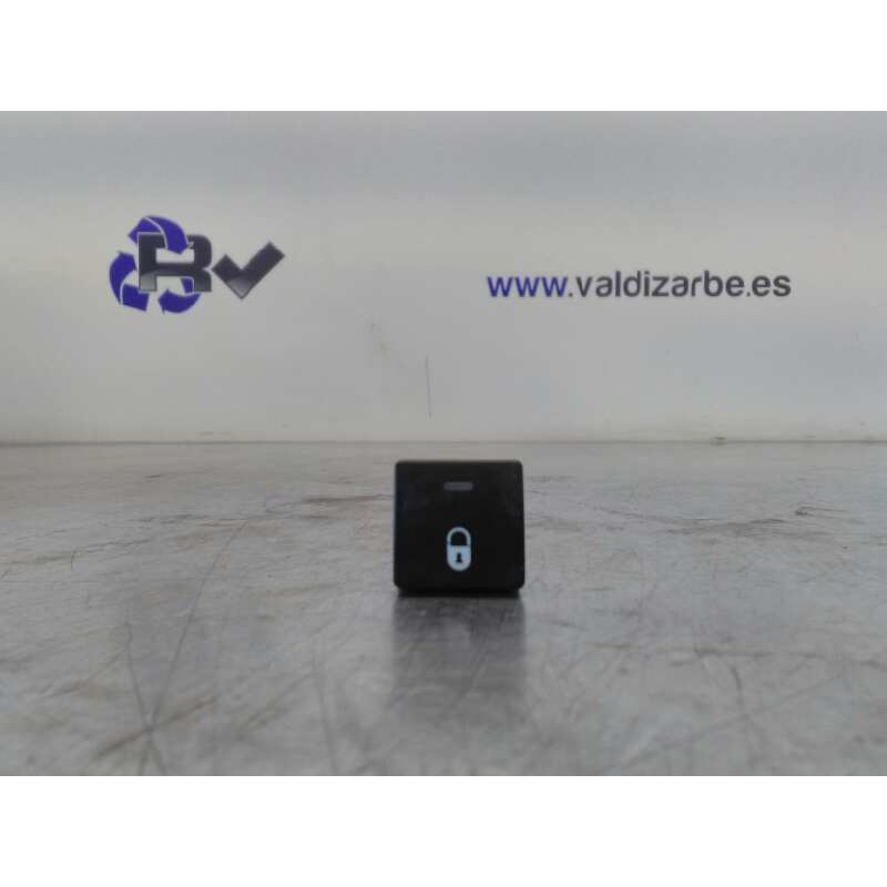 Recambio de interruptor para citroen berlingo first combi 1,6 hdi 75 x referencia OEM IAM 96582880XT
