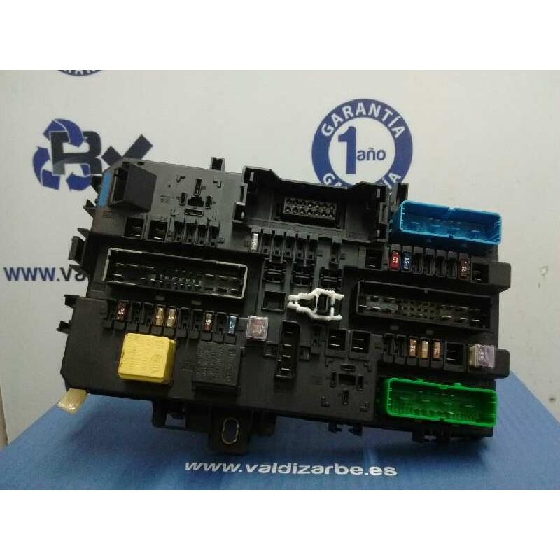 Recambio de caja reles / fusibles para opel astra h berlina enjoy referencia OEM IAM 13145017  5DK00866930