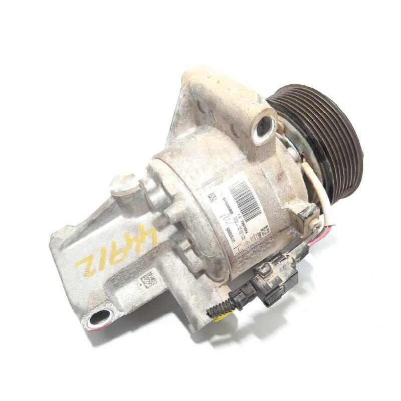 Recambio de compresor aire acondicionado para dacia sandero 0.9 tce cat referencia OEM IAM 926003541R