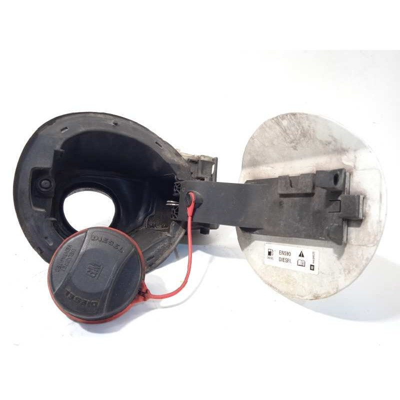 Recambio de tapa exterior combustible para chevrolet cruze 2.0 diesel cat referencia OEM IAM 13501151  96894943