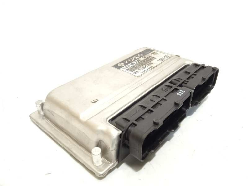 Recambio de centralita motor uce para hyundai getz (tb) 1.3 básico referencia OEM IAM 3910622040  9030930215F
