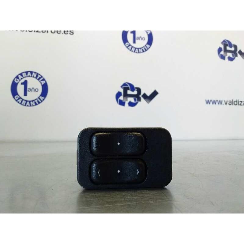Recambio de mando elevalunas delantero izquierdo para opel meriva essentia referencia OEM IAM 24409205  13363202