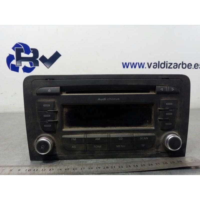 Recambio de sistema audio / radio cd para audi a3 sportback (8p) 2.0 tdi ambiente referencia OEM IAM 8P0035152C