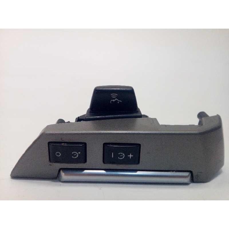 Recambio de mando volante para land rover range rover sport 3.6 td v8 referencia OEM IAM XPD500840  8H2213D767GA