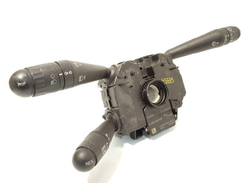 Recambio de mando intermitentes para iveco daily pr 2.3 diesel cat referencia OEM IAM 05801320121  5801320121