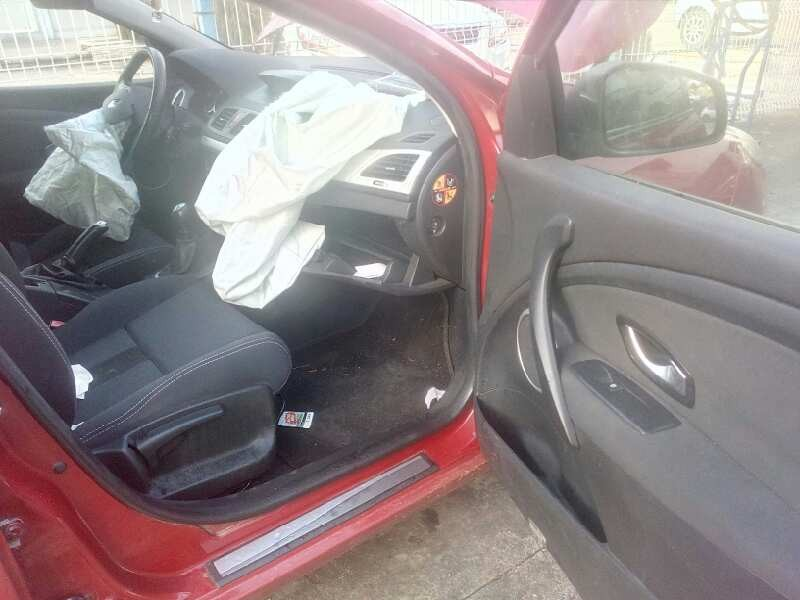 Door-Rear-Right-91159989-5886645-For-Vauxhall-Opel-Vivaro-Van-Combi-07-2006 thumbnail 7